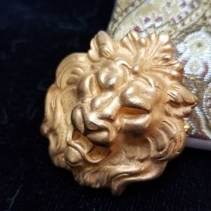 Vintage Goldtone Lion Head Brooch
